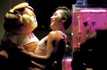 重庆森林-欢喜首映-高清完整版视频在线观看